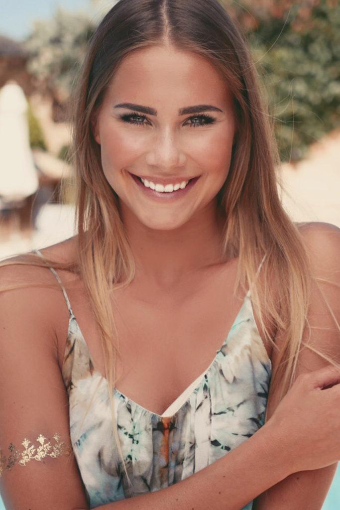 Anahita Rehbein wins Miss Germany 2018