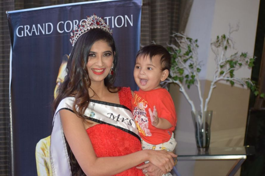 Farha Anwar crowned as the winner of Mrs. Asia United Nations International 2018.