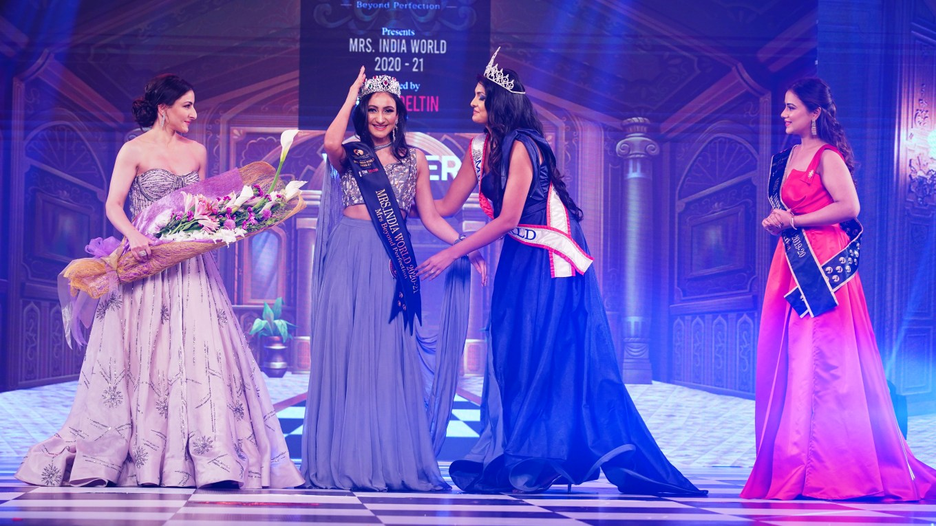 Navdeep Kaur Wins Mrs. India World 2021 Contest