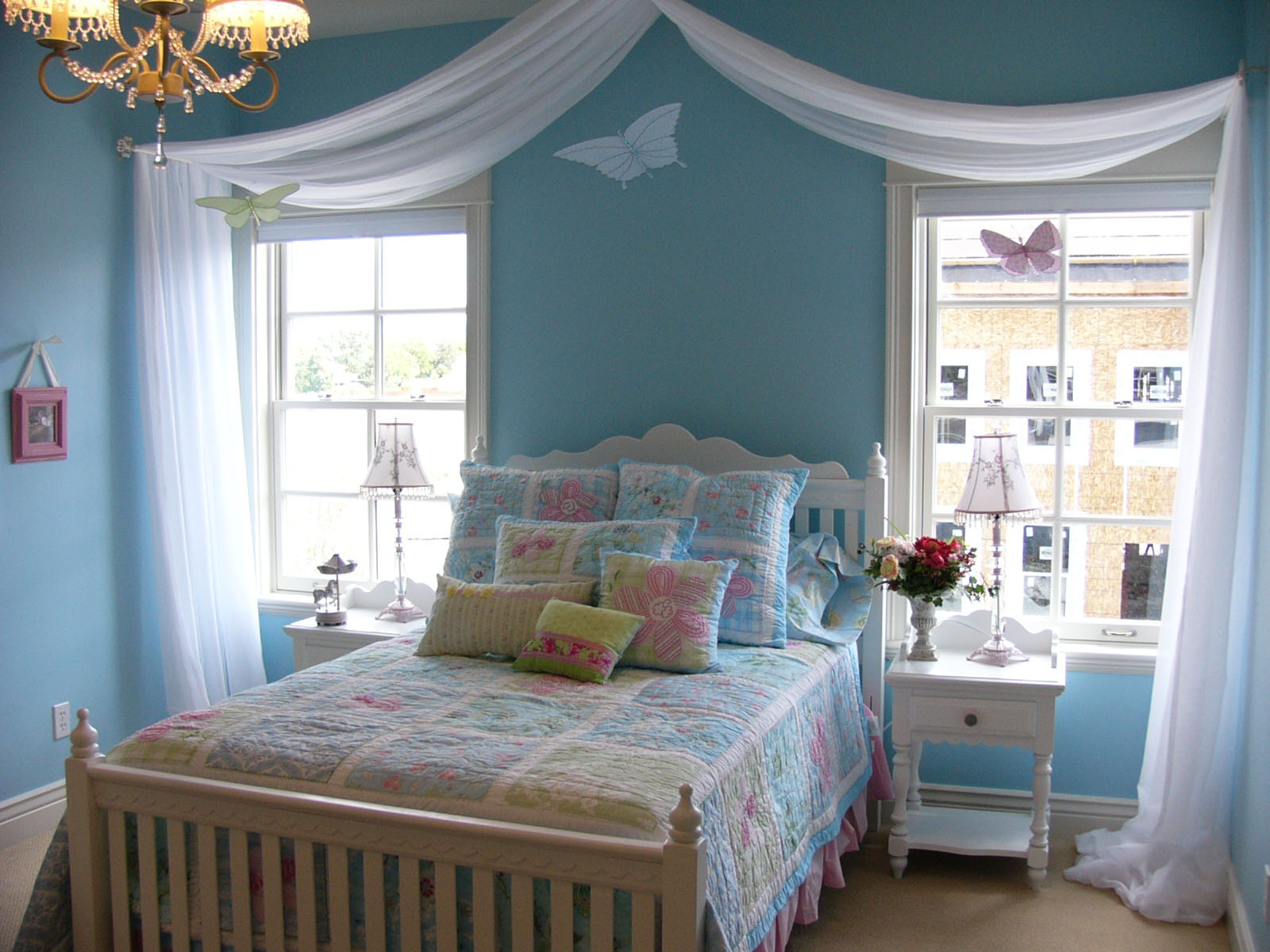 Blue Room Decorating Tips  The Green Apple Design Company