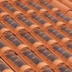 E se todas as casas tivessem telhas feitas com células solares?