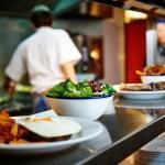 Na Itália, restaurantes que doam comida aos sem-teto terão redução de imposto