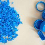 Designers utilizam lixo plástico dos oceanos para confeccionar casinhas para animais de rua com impressora 3D