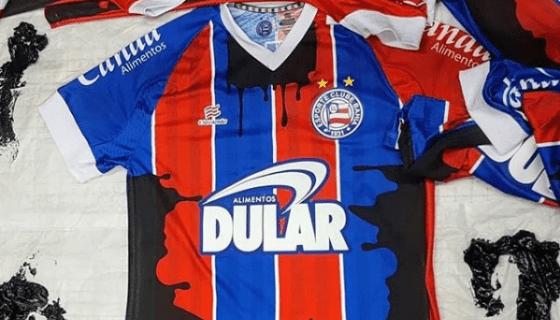 Bahia 'mancha' camiseta do próximo jogo com óleo para convocar torcedores a ajudar a limpar praias do Nordeste