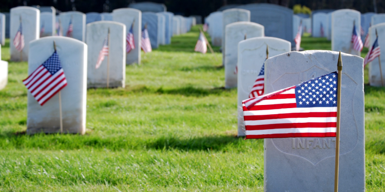 honoring the military on memorial day