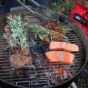 the green walnuts - sustainable barbecue grill