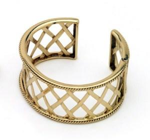gold-bracelet_large