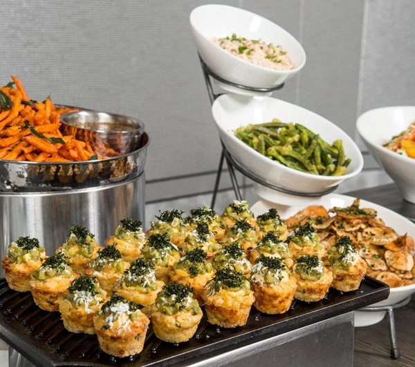 FOOD STOPS FOR YOUR WEDDING SETUP