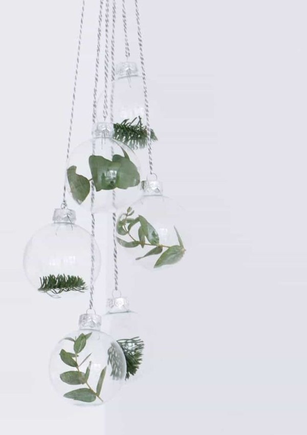 Simple, Beautiful & Natural Ornaments {DIY}