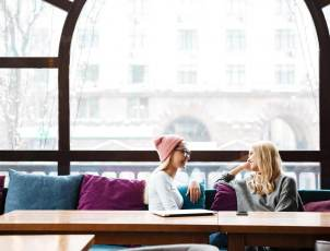 9 Qualities You Need in a Good Friend
