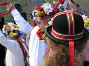 5 Facts about May Day and the Early May Bank Holiday - Celebrating summer