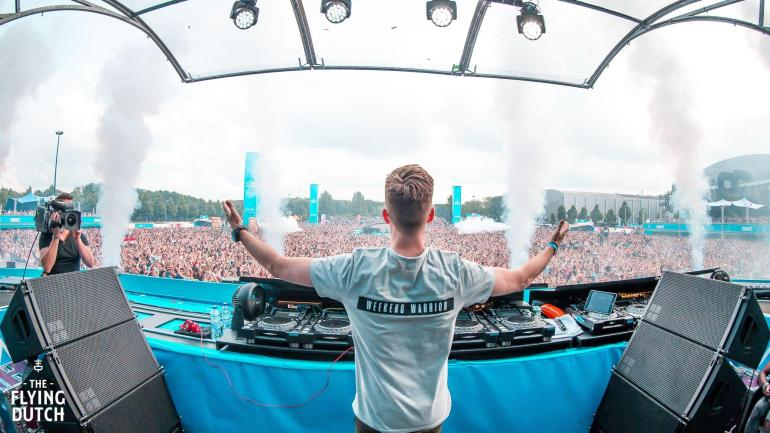 Nicky Romero Young The Chainsmoker the Flying Dutch