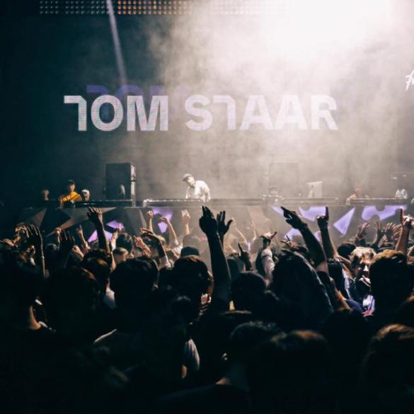 Tom Staar playing his unreleased music on an Axtone Presents event.