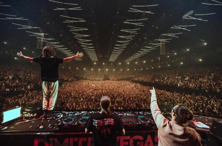 Steve Angello Dimitri vegas Like Mike Bringing The Madness Reflections