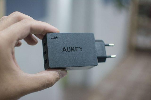 aukey-cargador-1