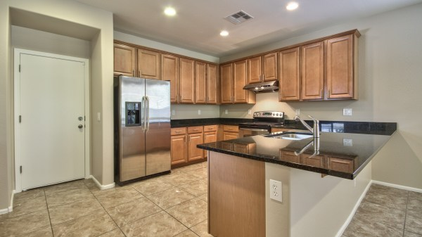 1070 Doral Ave - Layton Lakes Home In Gilbert