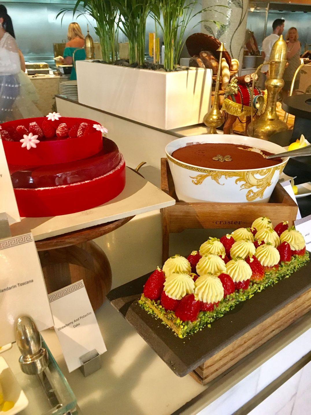 Desserts-Brunch-Giardino-Palazzo-Versace-Dubai8