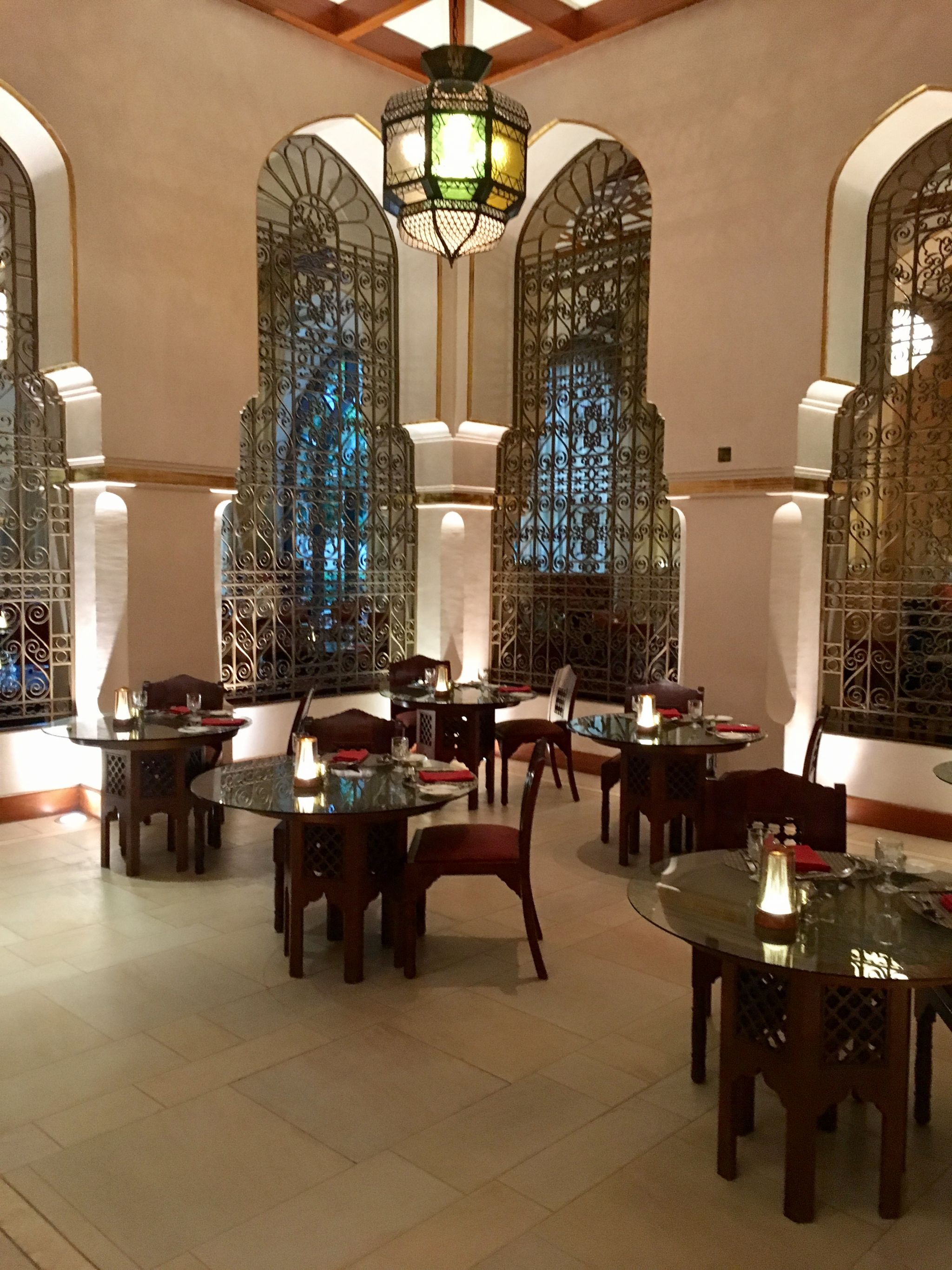 Seating-buffet-Ewaan-Palace-Downtown-Dubai