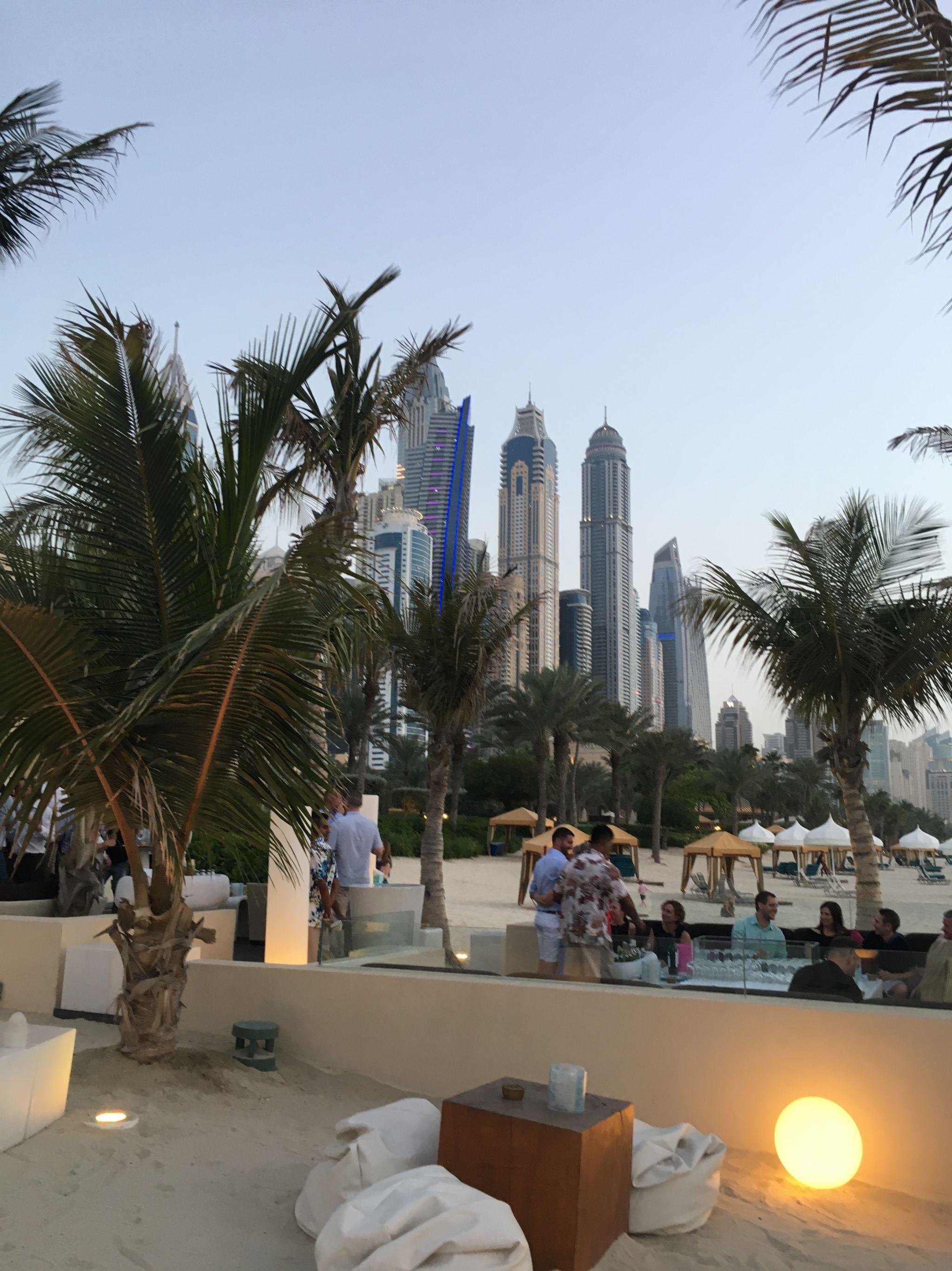 Bar-2-Jetty-Lounge-Dubai