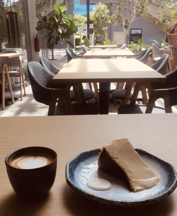 The-Kins-Cheesecake-Pasir-Panjang
