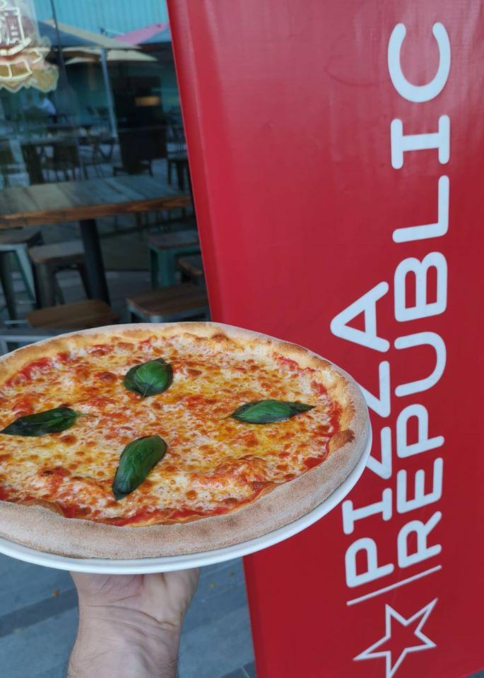 Pizza-Republic-Kent-Ridge