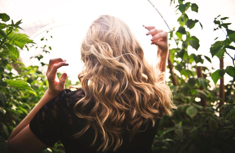 wavy blond long hair
