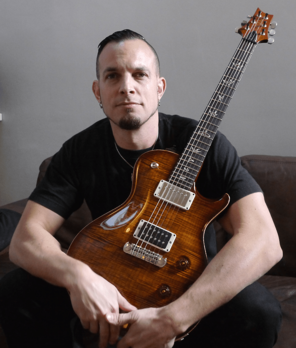 @MarkTremonti interview in Paris before the Tremonti concert