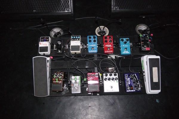 Bryan Beller 2015 pedalboard for the Joe Satriani world tour