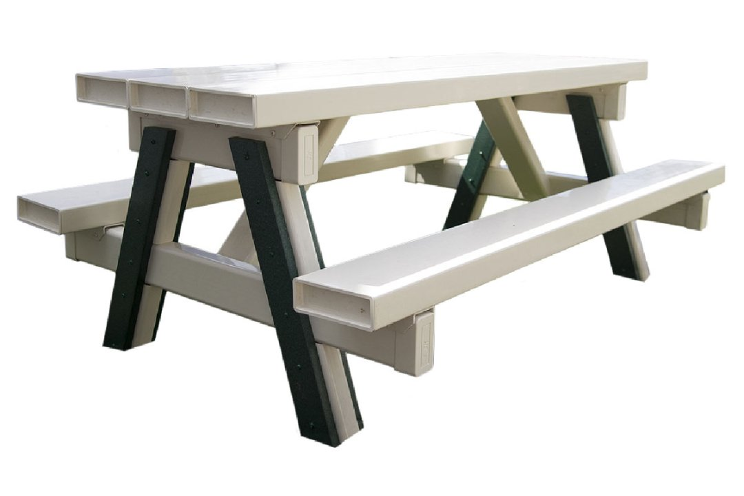 free-standing-picnic-table