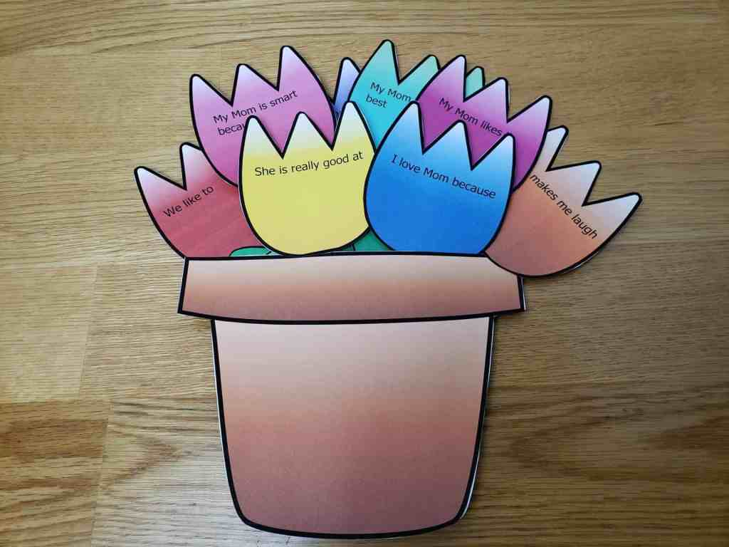 Free Mother's Day Flower Pot Craft by ovinghomeschool.com