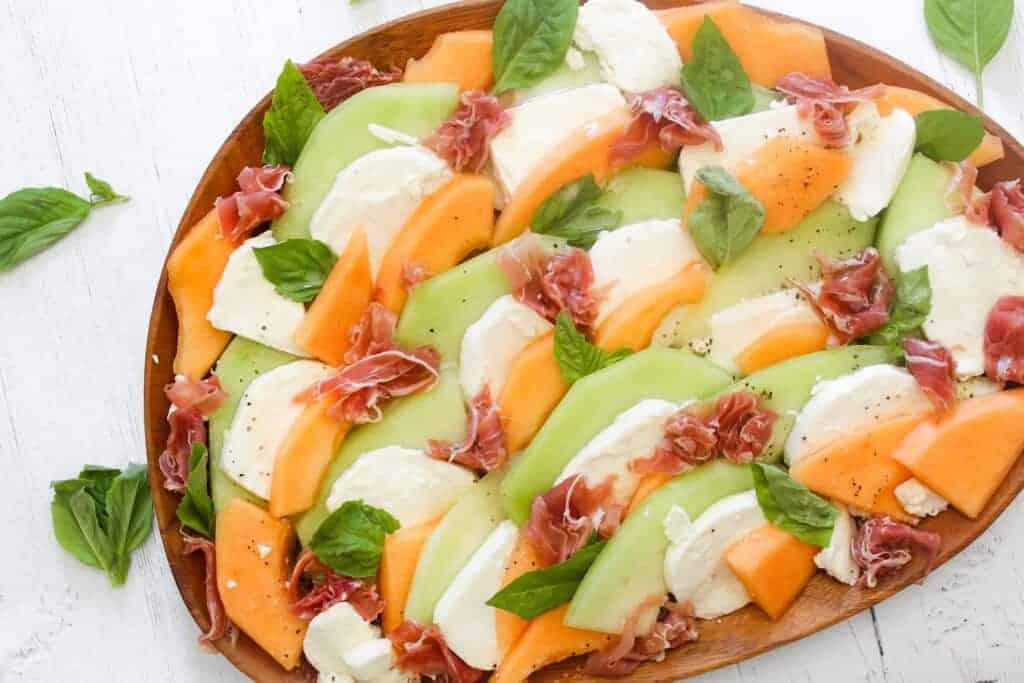 melon and prosciutto caprese salad by saporitokitchen.com