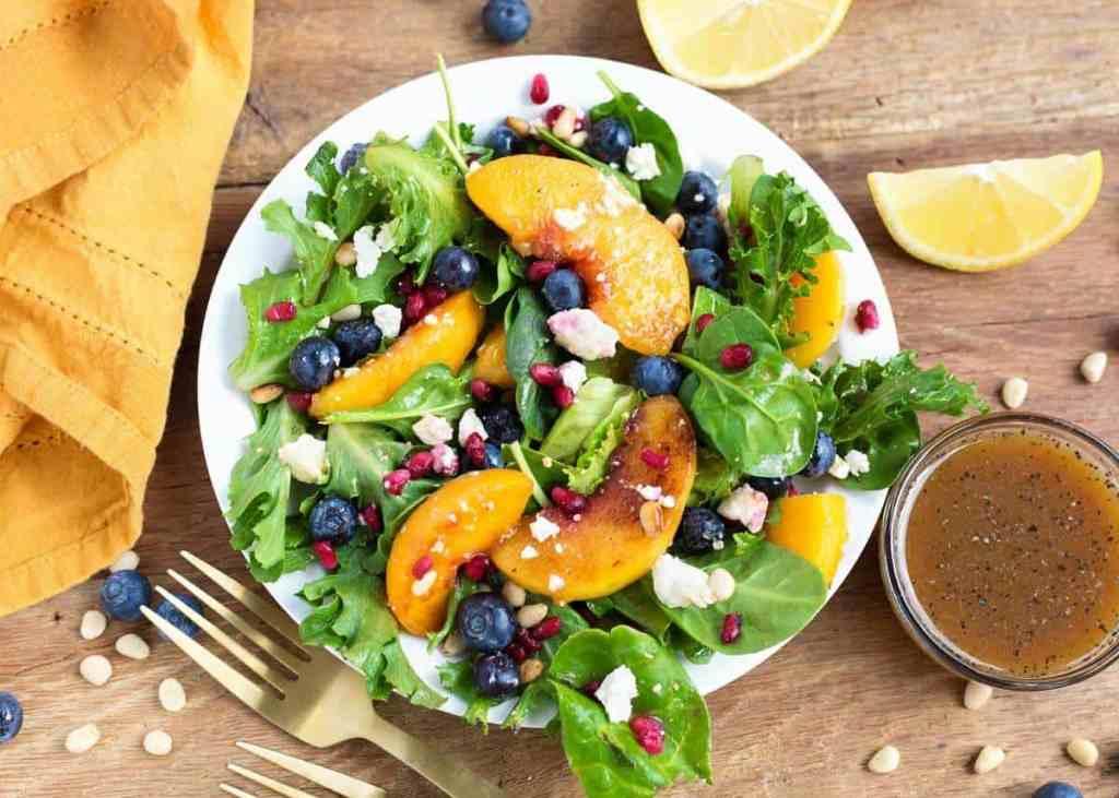 Peach Salad with Blueberries and Feta by retrorecipebox.com
