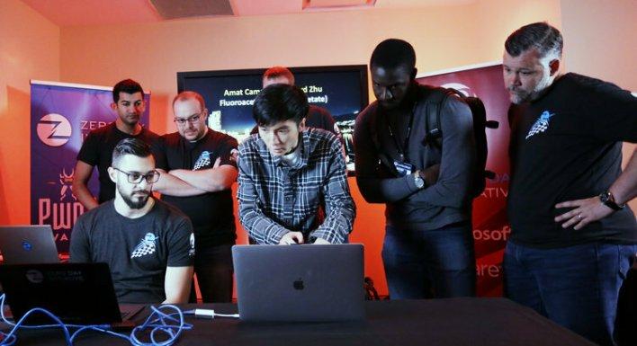 Richard Zhu and Amat Cama demonstrate their Firefox exploit