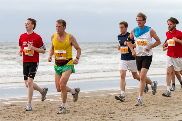 Runners - Beach Challenge - Beach Run 2013