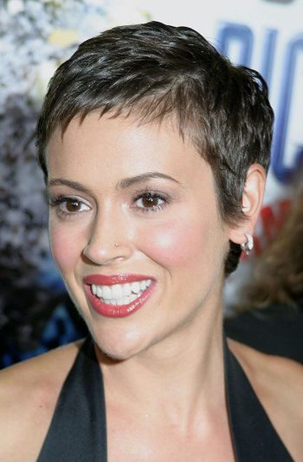 Super Short Haircuts for Women to Try 3