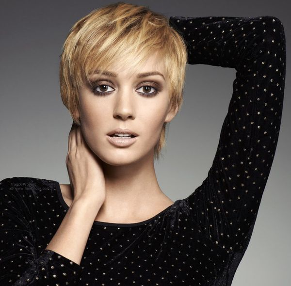 Best Short Hair Cuts with Choppy Bangs 2