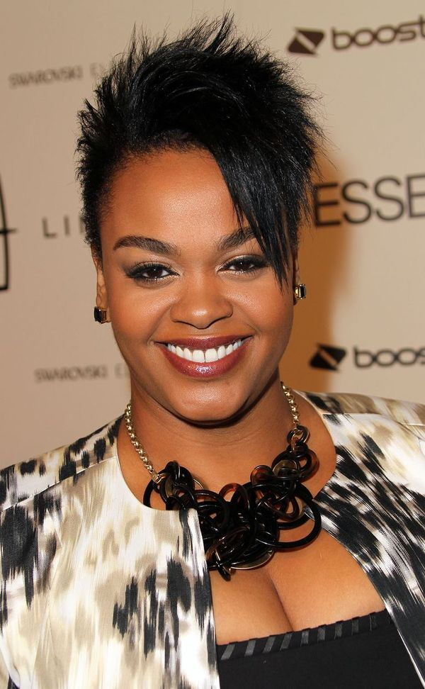 Black women short hairstyles with bangs 1