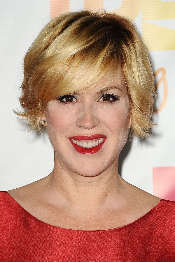 Medium to Short Hairstyles with Bangs 3