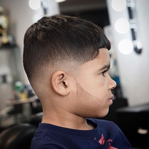 Stylish Julius Caesar Haircut for Young Men 3