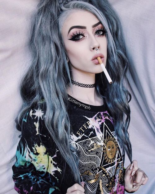 emo hairstyles for curly hair