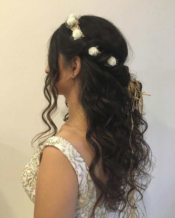 Romantic Curls with Flower Crown Side