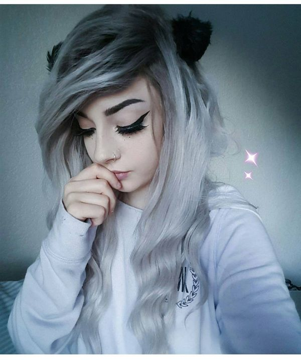 Long pearl white emo hairstyle with a decoration