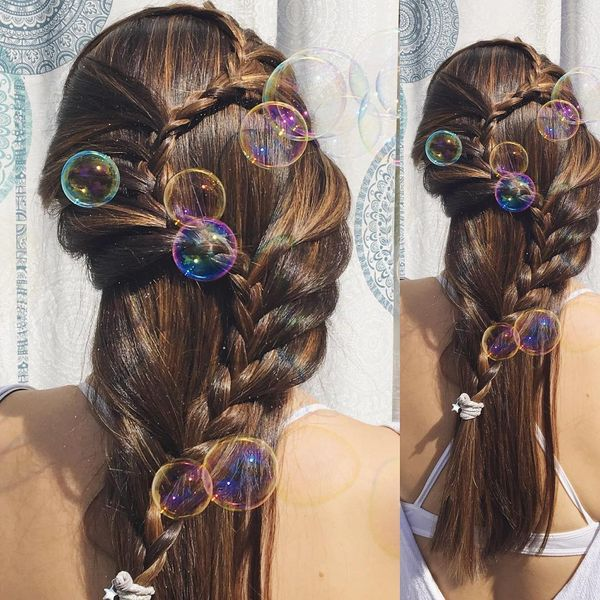 Simple 'S' hairstyle