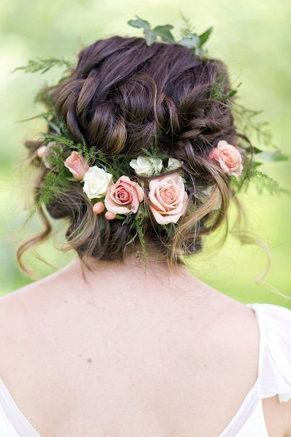Prom Hair Styles for Long Hair (with Flowers) 4