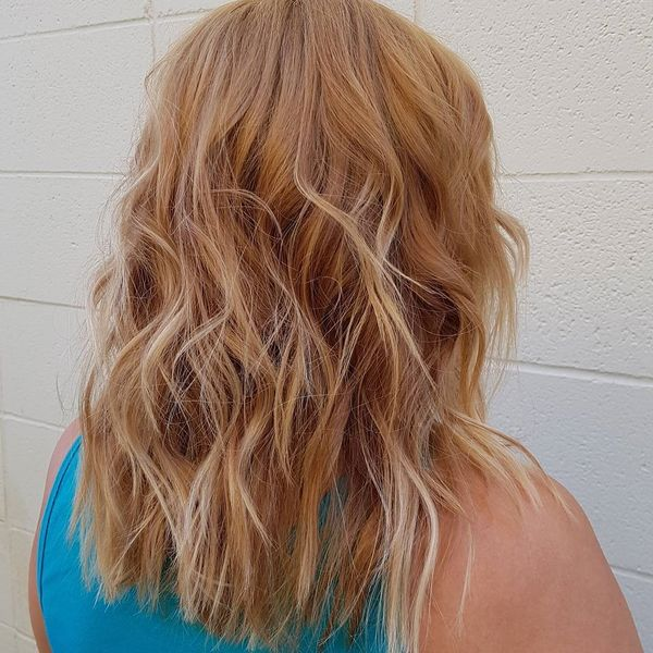Highlighted and wavy locks