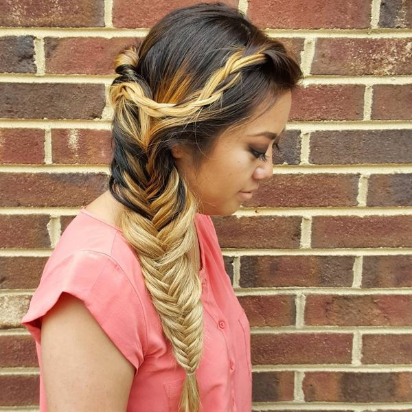 The Best Prom Hairdos for Long Hair 2