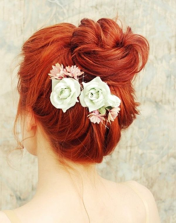 Prom Hair Styles for Long Hair (with Flowers) 2