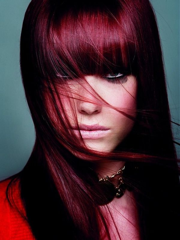 Rich crimson shade for a straight cut with a bang