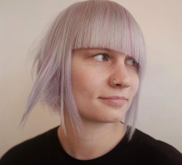 Blonde Asymmetric Bob with an Outstanding Pink30
