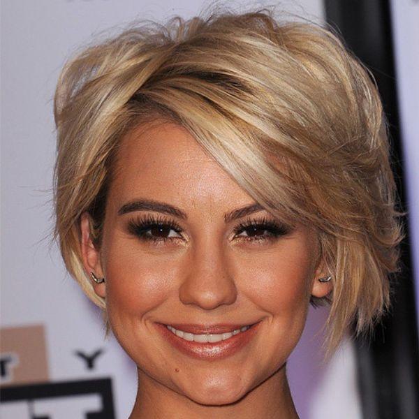 Blonde Careless Bob with a Side-Swept Fringe10